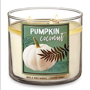NEW Bath & Body Works Pumpkin Coconut Candle